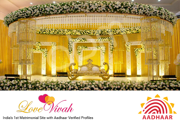 Indian wedding decoration lovevivah matrimony blog you cant imagine a single wedding venue without flower decoration do you want to go for some special flower decoration or want to make to flower wedding junglespirit Images